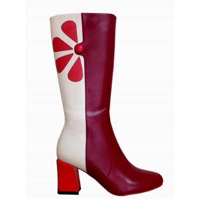 Bottes rouges Strawberry Fields Forever par Belldandy